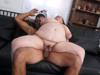 Italian mature BBW has amateur sex