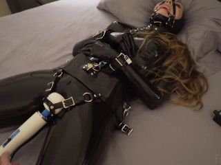 Tight bondage, hogtie and torture for sexy model in latex part1