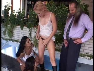 urinate german soiree