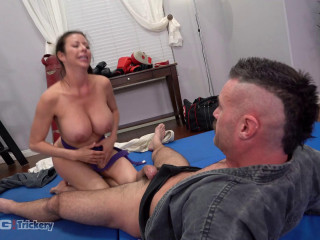 Alexis Fawx - Learns Some New Martial Arts Tricks While Sucking Dick (2020)