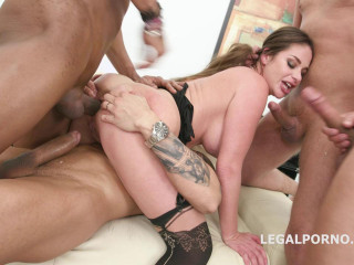 Anal Gangbang For Big Tits Babe With DP