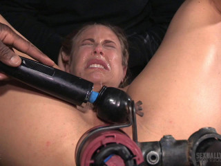 Grand finale of Angel Allwood's Slats flash with merciless machine dicking down and Big black cock deepthroat!