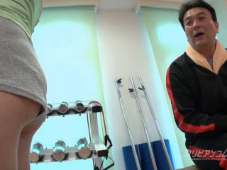 Yui Asano - Time Plumb Bandits at a Gym (Part 1)