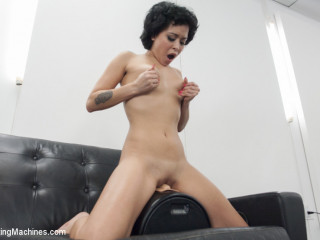 Mia Austin - Rhythm, sex appeal, and incredible dong vanishing pussy!