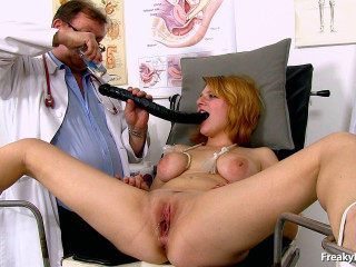 Lola Fauve - Barely legal years femmes gynecology check-up