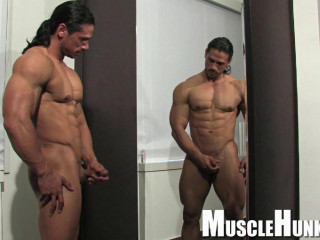 MuscleHunks - Nino Sabrini - Balance and Power