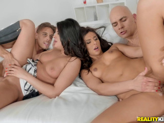 Angela Allison, Chris Diamond, Coco Demal, Cristian Clay - Double Date FullHD 1080p