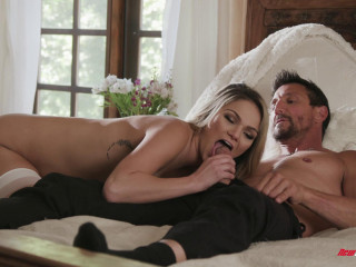 Athena Faris - Athena Opens Up To Another Man FullHD 1080p