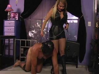 Latex Rubber - Spermajagd Christina - Domination HD