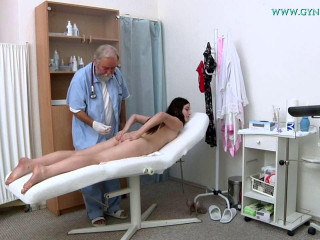 Krystal Tailor (19 years girl gyno exam)