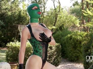 Latex Lucy - Stretch Your Imagination