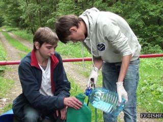 Fetishezzo - Joshua takes green clyster
