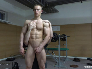 Pumping Muscle - Mason R 1st Photo Shoot