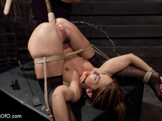 Big Butt Dp Squirting Bondage Slave, Savannah Fox