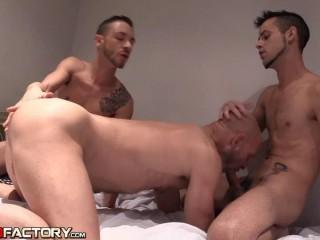Benedictux, Javi Mendez, Adam Risso