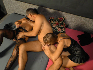 Mature German FFM 3 way With Manuela H And Jenny K FullHD 1080p