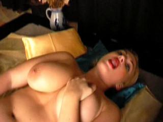 Scrutinizing a pussy