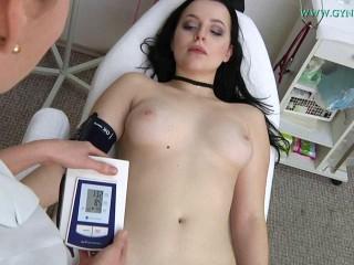 Nikita Ricci (18 years girl gyno exam)