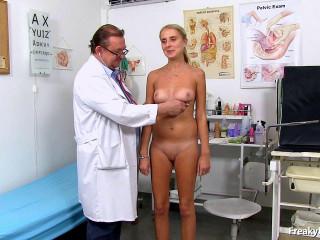 Eugenia (27 years girls gyno exam)