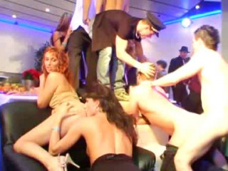 Bi Sex Party 1 - Airport Extrem