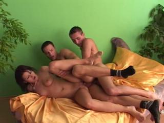 Bareback Bi Sex Lovers part 6