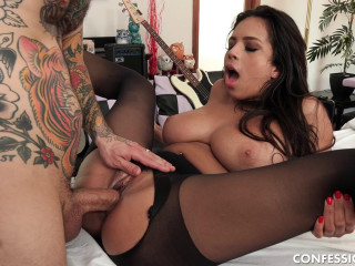 Autumn Falls - Autumn Loves Massaging That Cock With Her Pussy (2019)