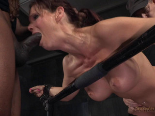Syren De Mer's BaRS Show With Rough Brutal Fucking - HD 720p