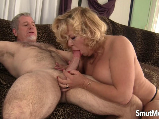Karen Summer - Penetrating Mature Bush