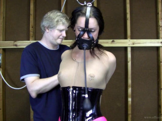Belle Davis : Taped Up and Made to Endure an Inflatable Gag