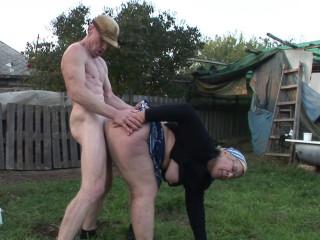 Rose grannie humped on the farm
