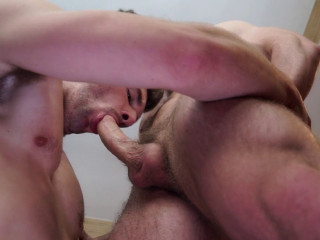 Dustin Holloway and Kurtis Wolfe flip fuck and swap loads