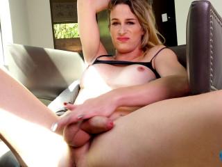Cumshot Monday Nikki Vicious Vegas Orgasm!