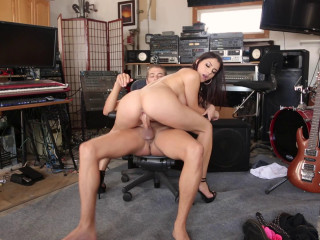 Valentina Nappi - The Roadie