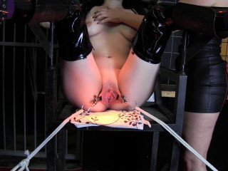 BDSM - 18year old girl - squirting