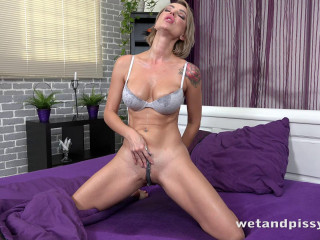 In Bed Wetting Blonde