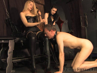 Domme Eleise de Lacy Miss Severity Myers The Sole Marionette