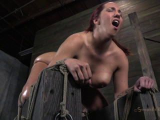 Non-stop Cumming Zombie And Porn Star Wrecked! - Kelly Divine - HD 720p