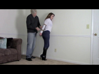 Serene Isley Bitch Gets What's Coming To Her