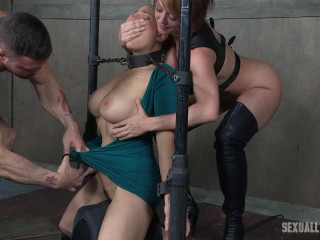 Angel Allwood is neck bound on a Sybian and hatch plumbed while violently spunking over and over!