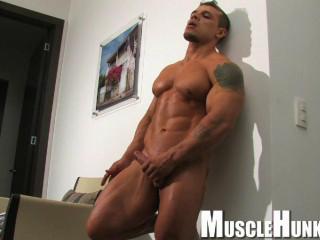 Musclehunks - Clayton Cobb - Superboy