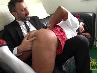 Nicole Dupapillon - Squirty Milfs Been A Very Bad Girl  FullHD 1080p