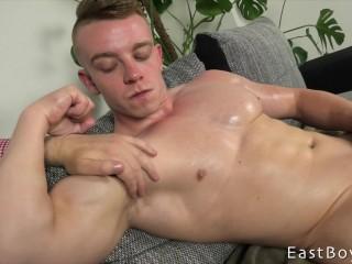 Muscle Worship and Handjob - Boris Lang