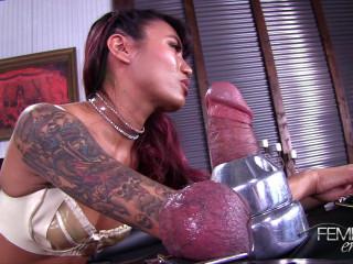 Bondage Tip Orgasm