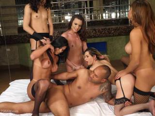 Bareback Gangbang Orgy