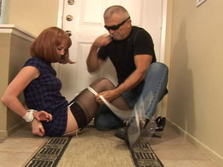 Darby O'Reily-Star Witness Grabbed and tied up
