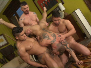 Sexy Men In Deep Gangbang