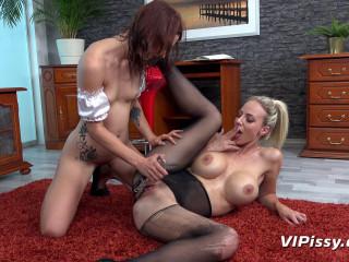 Servicing The Maid - Oprah & Tera Link