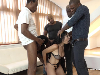 Eloa Lombard milf mega-slut in interracial gang-bang