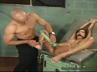 The English Doctor(Ben English, Daisy Marie)