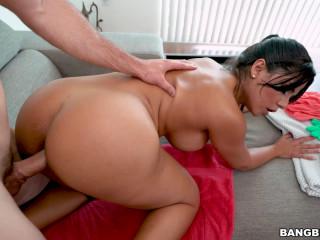 Rose Monroe - Horny Maid FullHD 1080p
